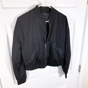 Gymshark | black lo bomber cropped zip-up jacket